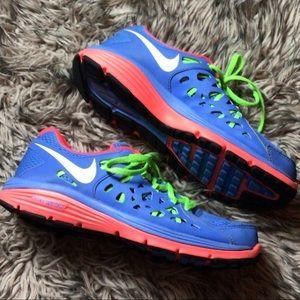 Nike dual fusion run 2 size 9